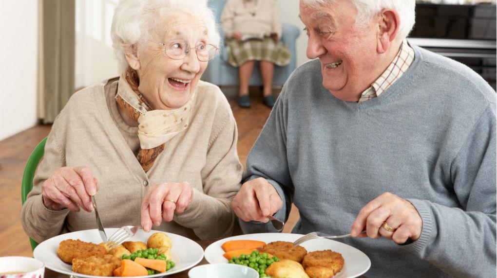 Principios de Alimentación en Adultos Mayores